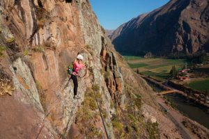 Footbridge Skylodge Valle Sagrado de los Incas