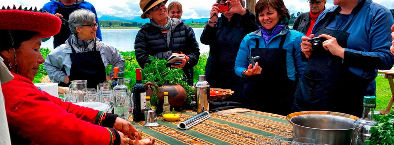 Clases demostrativas de cocina en Piuray - Cusco