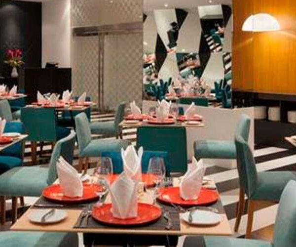 Costa del Sol Wyndham Lima Restaurante