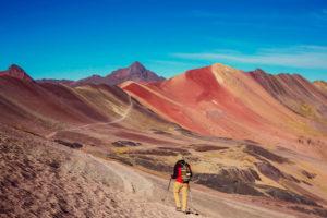 Caminata hacia la Montaña de Colores