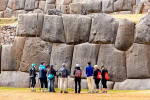 Sacsayhuaman recorrido en la explanada