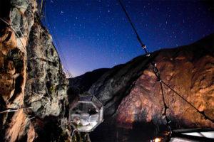 Noche en el Skylodge
