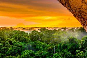 Sunset en la Amazonía peruana